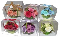 Giftpack of Roses - Wicker Basket